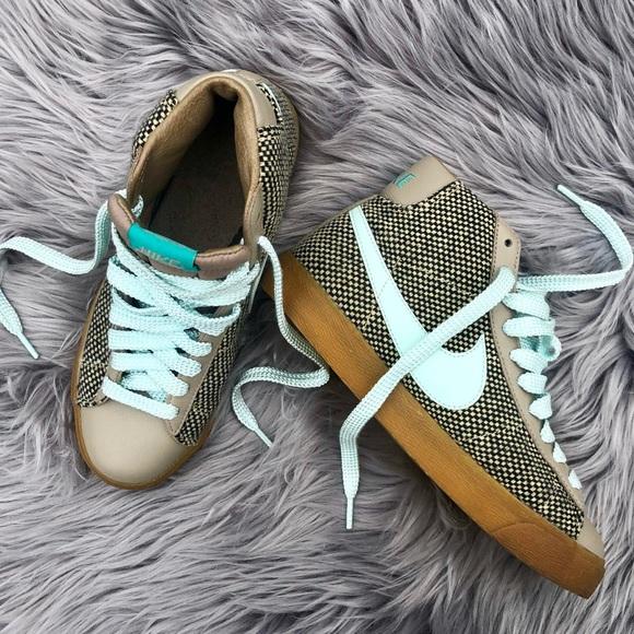 NIKE Blazer Mid 73 Premium Women Sneakers